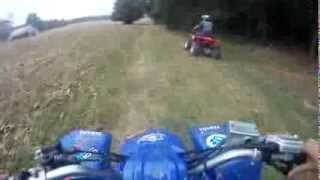 Yamaha Blaster VS Honda 250ex Trying to Drag Race