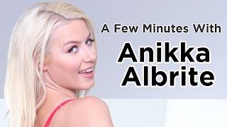 A Few Mins with Anikka Albrite