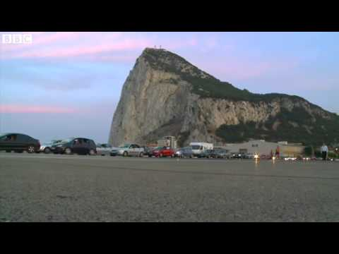 Life in Gibraltar and on its border