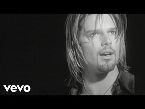 Ricky Martin – Fuego de Noche, Nieve de Día