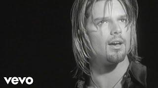 Ricky Martin - Fuego de Noche, Nieve de Día (Video (Remastered))