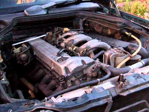 Mercedes benz w124 e300 diesel engine youtube for Mercedes benz diesel engines