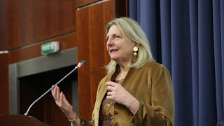 видео: Vortrag von Karin Kneissl im MGIMO | Лекция Карин Кнайсль на немецком языке