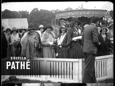 Stage Folk Off Stage (1930)