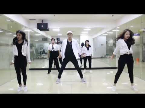 Sheryl Sheinafia &Rizky Febian Feat Chandra Liow (dance Sweet Talk)