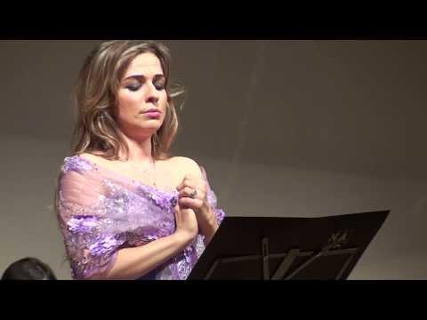 Giulio Caccini.Ave Maria. Maria Ratkova mezzosoprano. Stefano Sovrani direttore.