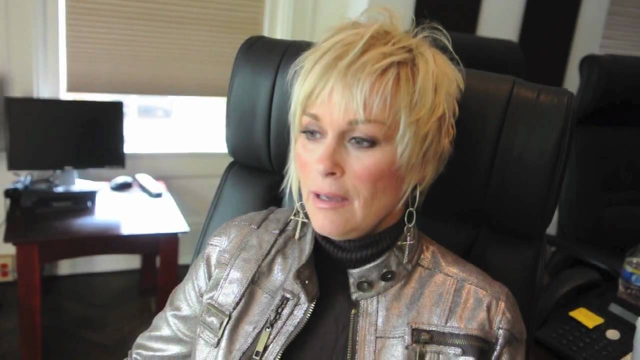 lorrie morgan: a moment in time