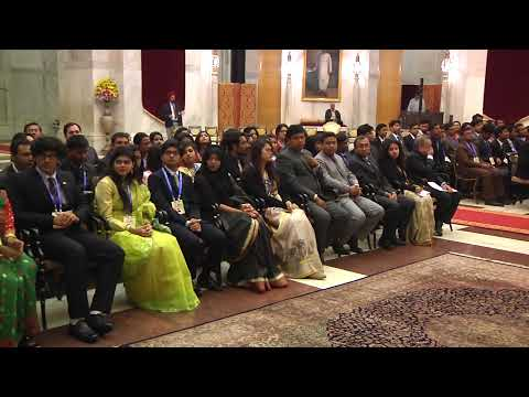 BANGLADESH YOUTH DELEGATION CALLS ON THE PRESIDENT - 05-12-16