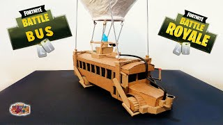 get to the BATTLE BUS (Fortnite Battle Royale) - with cardboard | Art room