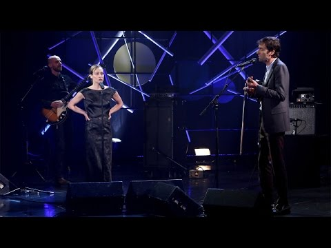 Andrew Bird Performs 'Left Handed Kisses' with Fiona Apple