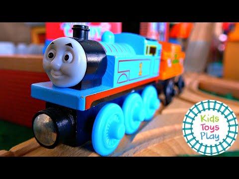 Thomas and Friends On a Dark, Dark Island | Halloween Sodor Storytime