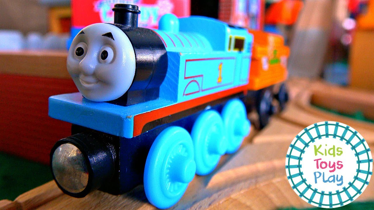 Thomas and Friends On a Dark, Dark Island | Halloween Sodor Storytime