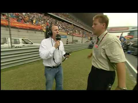 2007 China GP: Martin Brundle gets sent off the Grid