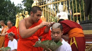 Thai boys shave heads ahead of Buddhist ceremony