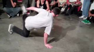 Zero Tolerance 8 Bboy Layz vs Smurf