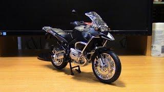 Масштабная модель мотоцикла BMW R 1200 GS масштаб 1:9 Rastar