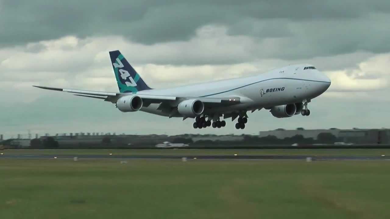 On board the 747-8F's record-breaking biofuel flight