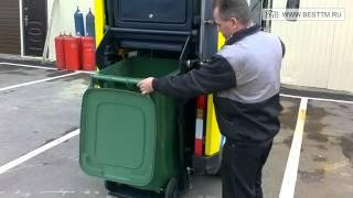 Работа лифта при выгрузке евроконтейнера из подметально-уборочной машины ПУМ 50-21(, 2013-12-08T21:53:56.000Z)