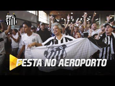 LINDA FESTA DA TORCIDA NO AEROPORTO
