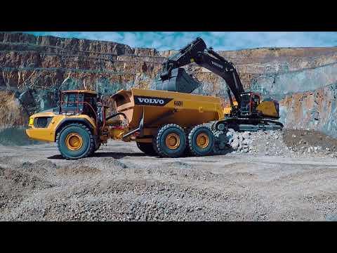 Demo of Volvo Construction Equipment Heavyweights
