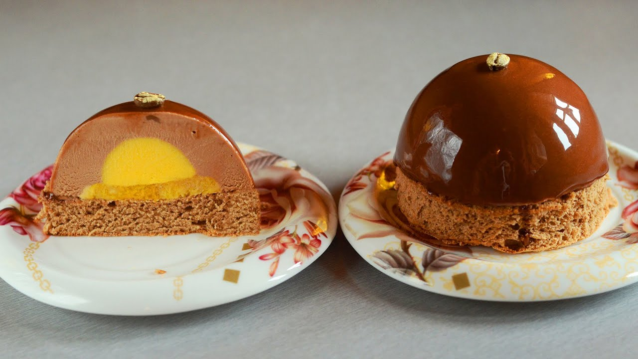 chocolate espresso mousse cakes with mango filling and