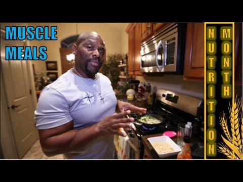 BREAKFAST to Put on MUSCLE FASTER  *** BODYBUILDING DIET PLAN