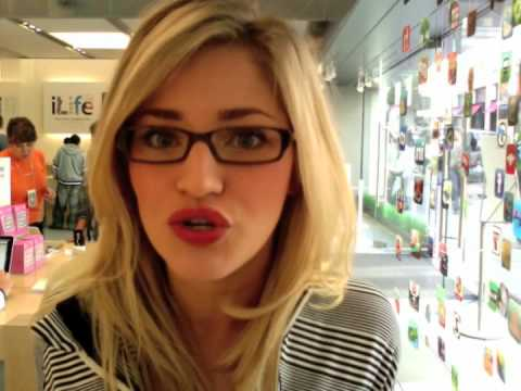 APPLE STORE TIME!!!!!! PRE-STAR TREK | iJustine