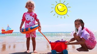 Melissa si Jasmina SE JOACA in NISIP 🏝Children play in the sand to the sea