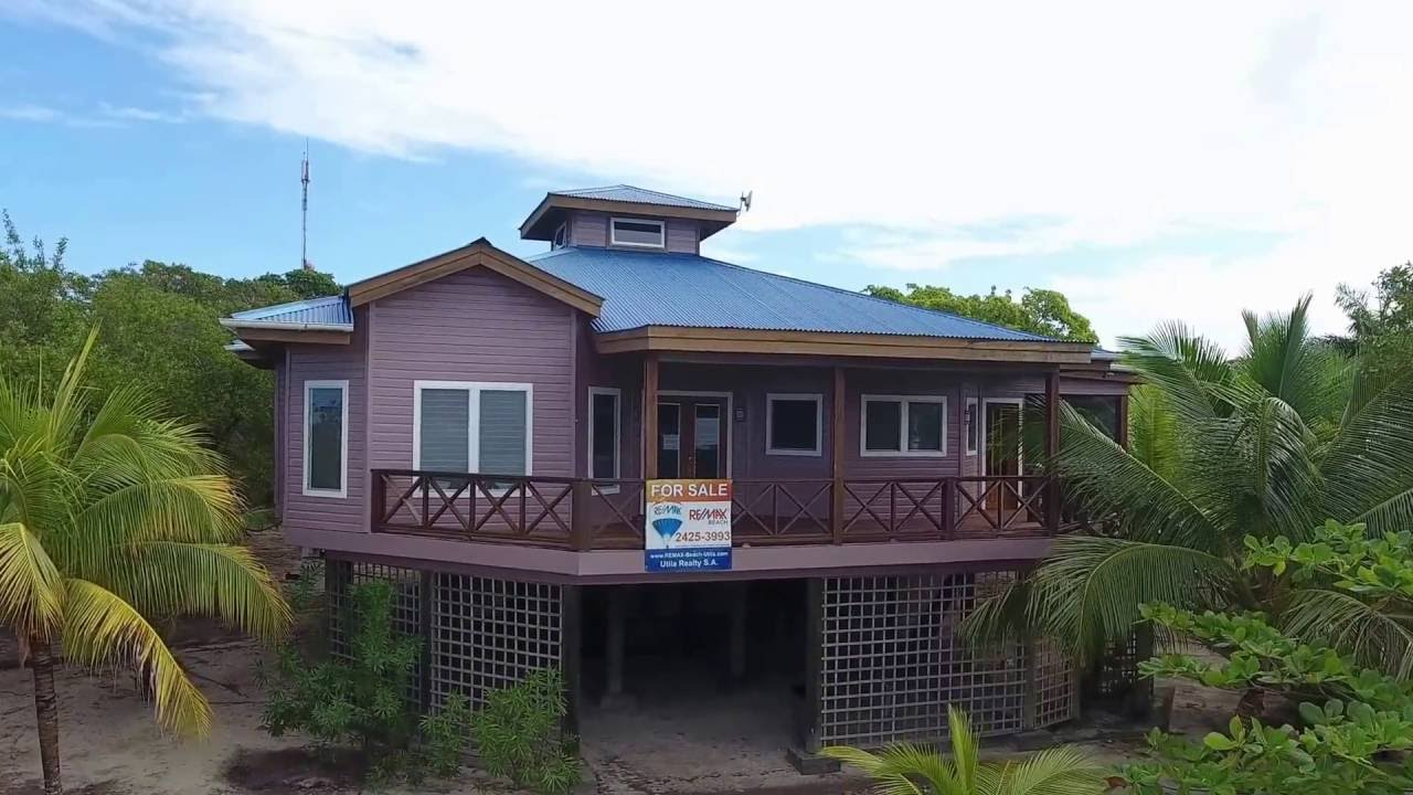 The Sunset Home at Jonathan Point, Utila