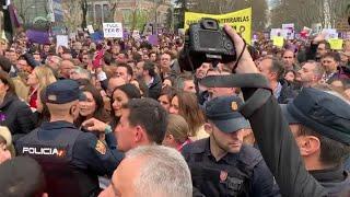 Momentos previos al abandono de Ciudadanos de la manifestación del 8 de marzo en Madrid