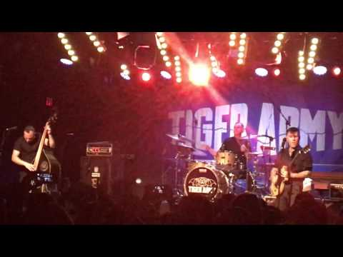 """Tiger Army """"Forever Fades Away"""" live"""