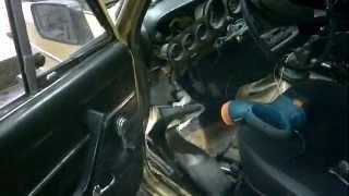 видео Открытая дверь ГАЗель цепляет попутные  Range Rover