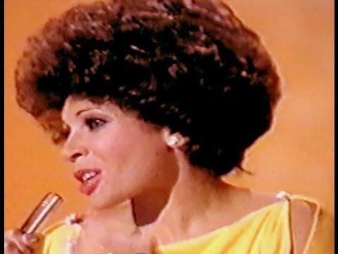 Shirley Bassey - Let Me Sing I'm Happy (1976 Show 6) / Diamonds Are A Girl's Best Friend (Show 4)