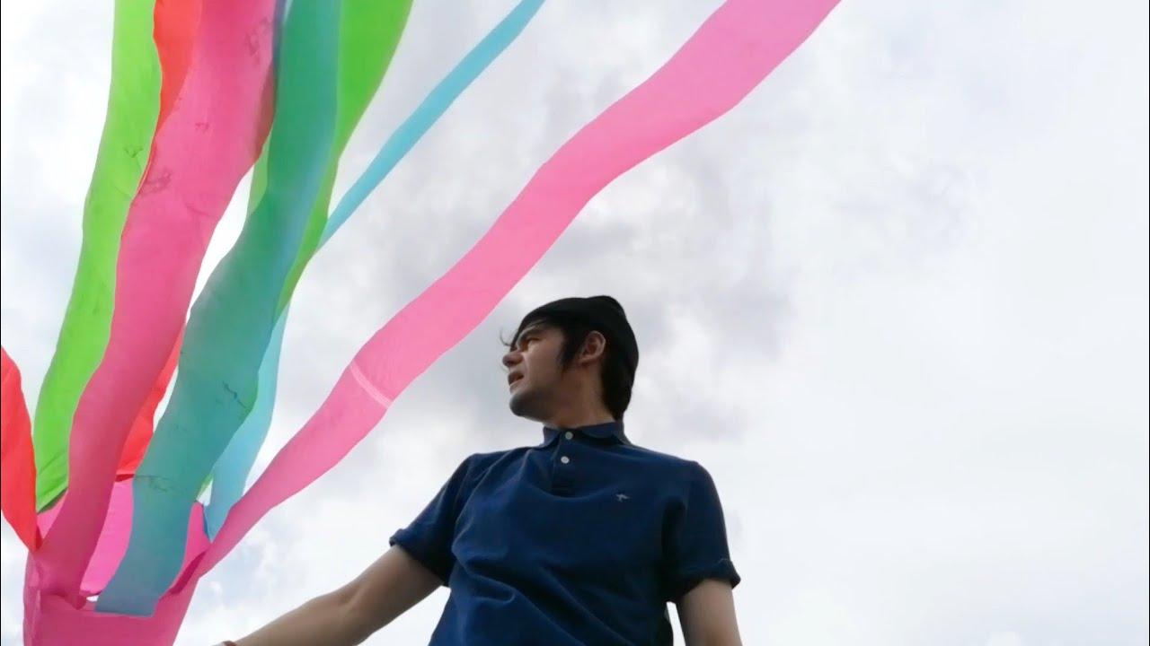 GRETA GRACE / Yasha Bo and Denis Park catching the wind / lifestyle #14
