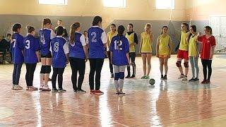 Закінчилися змагання з гандболу серед школярів Коломийщини