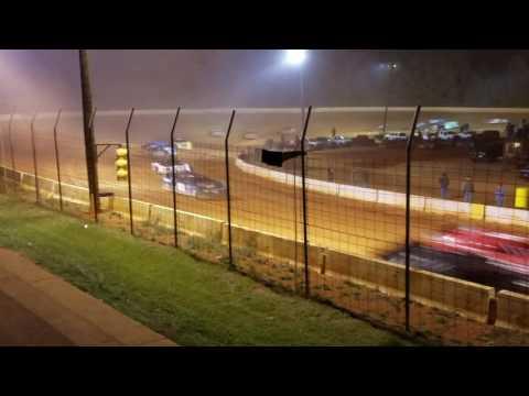 Lucas oil Cherokee Speedway start