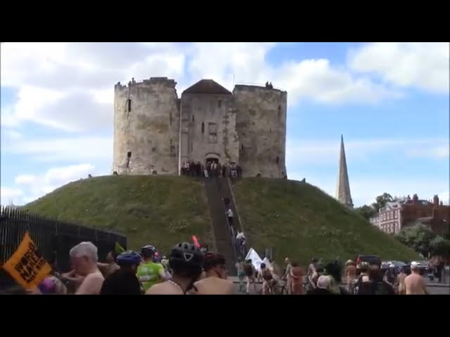 WNBR 2017 York - Clifford's Tower