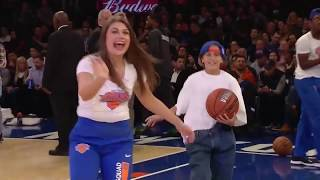 Knicks Hold Ridiculous Halftime Race with Timbs and Oversized Shirts
