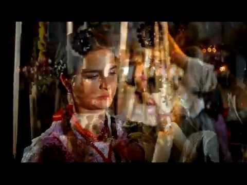 10 TRADICIONES TELEVISA- Michoacan- Dia De Muertos.