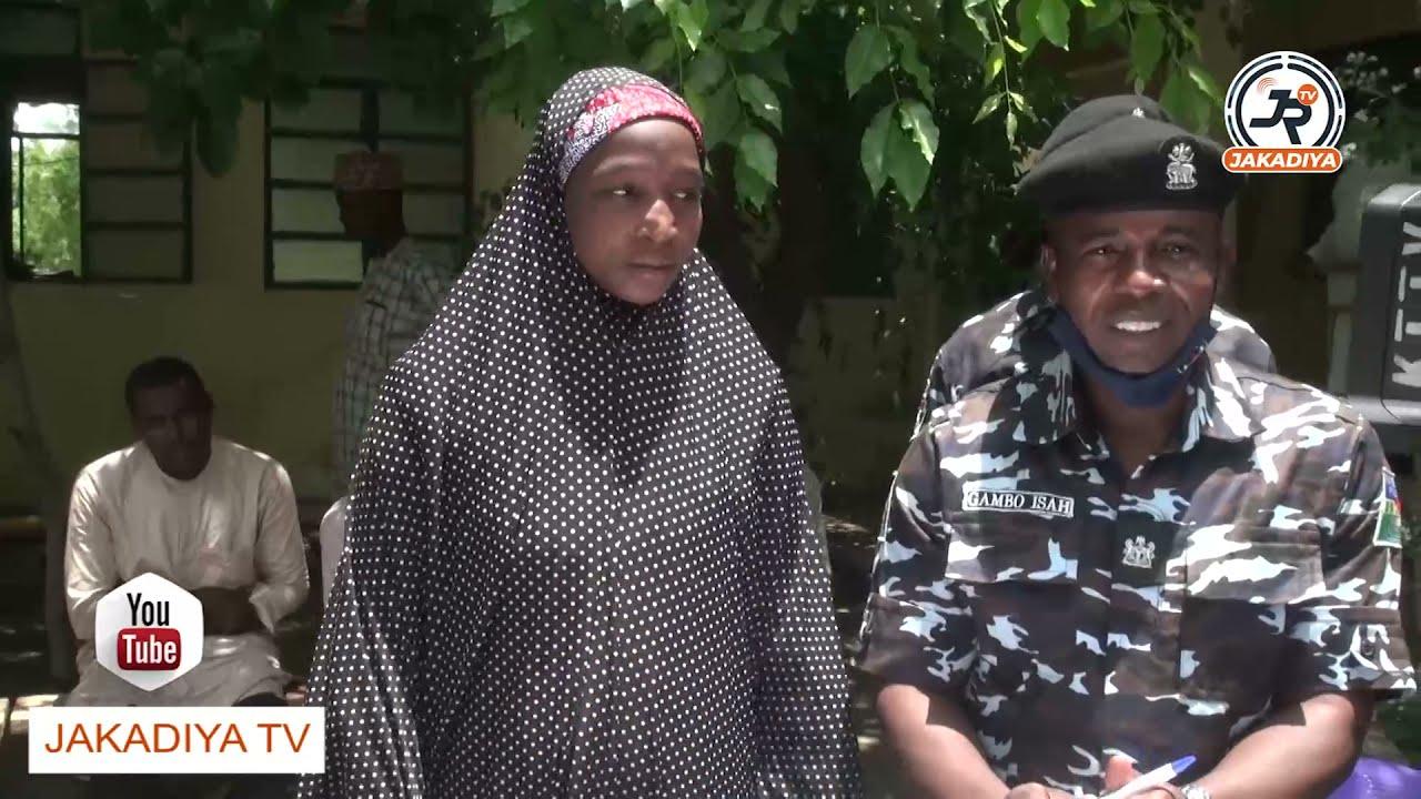 Download An kama matar ɗan ta'addan da 'Yansanda ke nema ruwa jallo da kuɗi sama da miliyan biyu a jikinta