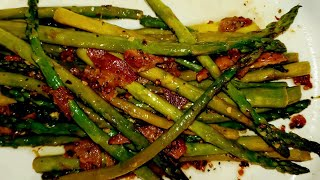 Asparagus sauteed in Skillet