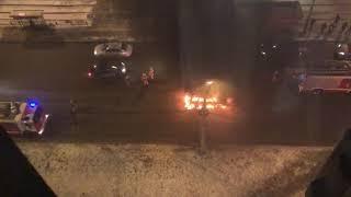 В Екатеринбурге на дороге взорвалась и сгорела машина