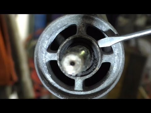 Replacing outboard oil seals the hack way