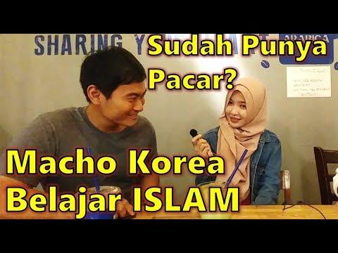 MACHO COWOK KOREA Belajar ISLAM BERSAMA MUSLIMAH