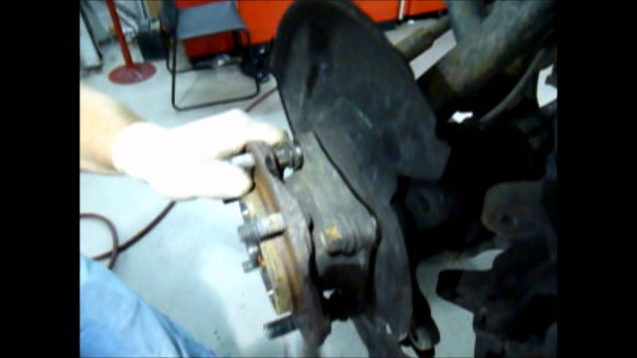 05 Toyota Tacoma Wheel Bearing Youtube