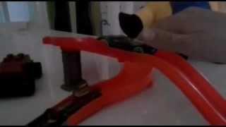 Pista Hot Wheels Minion Pinguim Transformers Bumblebee Carrinhos Da Hot Wheels E Snoopy