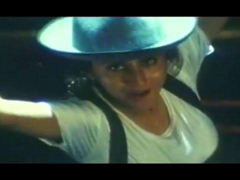Mangta Hai Kya - Rangeela - Urmila Matondkar Aamir Khan - Song Promo