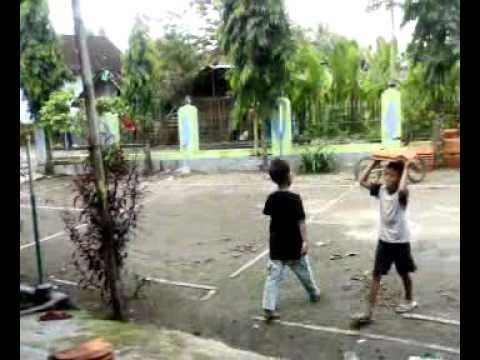 Gotong Royong Tpa Nurul Huda Srowot