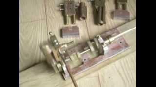 moteur trois cylindres oscillants en ligne bis : essai 1
