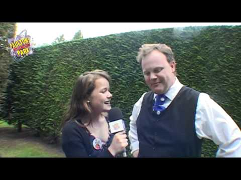 Mr Tumble Watch Online | Justin Fletcher at Paultons Park